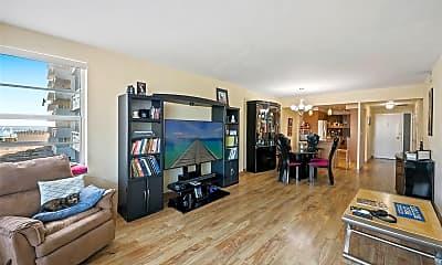 Living Room, 3111 N Ocean Dr 401, 0