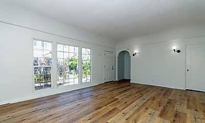 Living Room, 5134 De Longpre Ave, 0