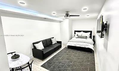 Bedroom, 170 NE 60th St EFFICENCY, 0