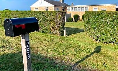299 Tuckerman Ave, 2