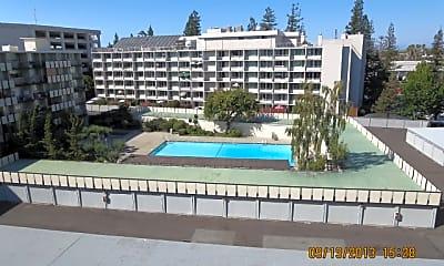 Pool, 1321 Marshall St, 2