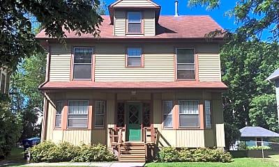 Building, 389 Maple St, 0