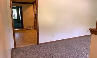 Living Room, 810 Cliffside Dr, 1