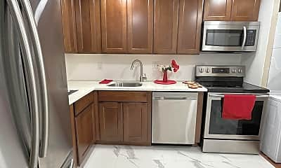 Kitchen, 7900 S Colony Cir, 1