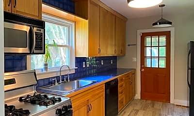Kitchen, 1616 Pecan Ave, 1