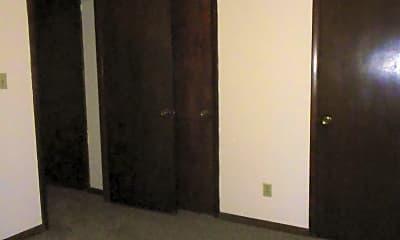 Bathroom, 516 N 14th St, 2