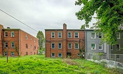 Building, 1420 Eastern Ave NE, 2