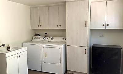 Kitchen, 1046 W Duarte Rd, 2