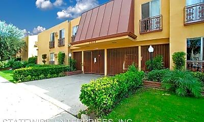 Building, 21828 Roscoe Blvd, 0