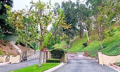 16245 Sierra Ridge Way, 1