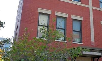 Building, 1000 N Crosby St, 2