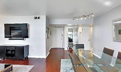 Living Room, 11930 N Bayshore Dr, 1