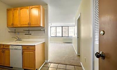 Kitchen, 522 21st St NW 307, 1