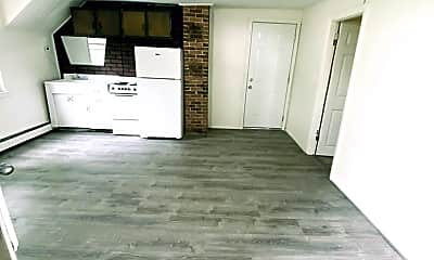 Living Room, 47 Mill St, 1