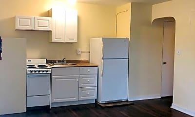 Kitchen, 228 N Oleander Ave, 1