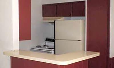 Kitchen, Koko, 1