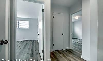 Bathroom, 943 6th St, 2