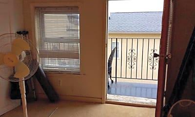Bedroom, 1227 N Howard St, 2