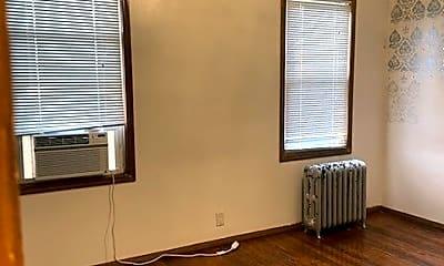 Bedroom, 139-10 Whitelaw St, 1