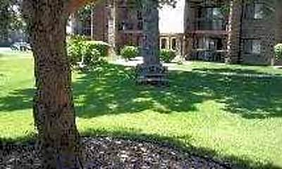 Rustic Oaks, 2