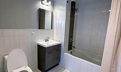 Bathroom, 245 E 115th St 801, 2