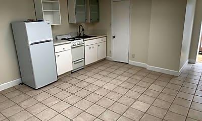 Kitchen, 1494 Pescadero Dr, 1