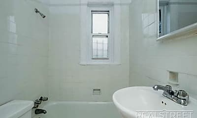 Bathroom, 441 Wilson Ave B2, 2