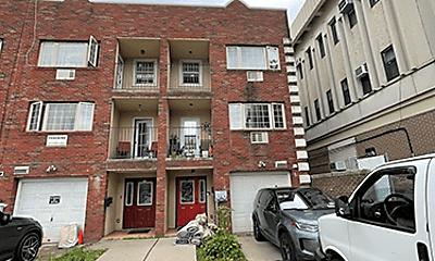 Building, 2916 Snyder Ave, 1