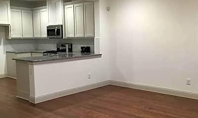 Kitchen, 6257 Davison Way, 1