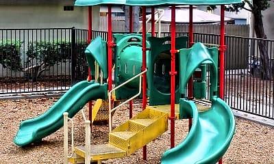 Playground, Villa Palazzo, 2