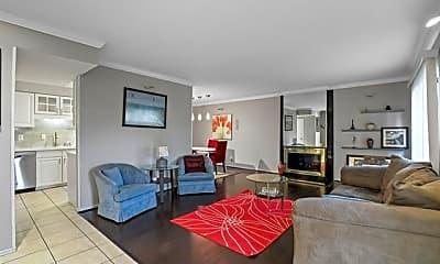 Living Room, 2612 Custer Pkwy D, 1