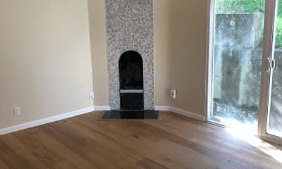 Living Room, 2241 Village Ct, 1