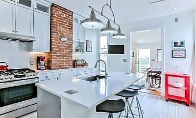 Kitchen, 5049 Romaine St, 2