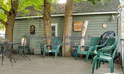 Patio / Deck, 4018 S Hatch St., 2