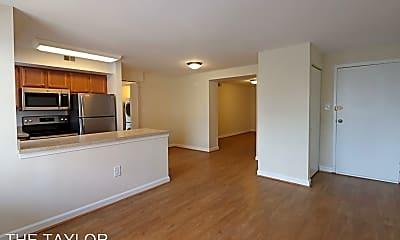 Living Room, 1660 21st Rd N, 1