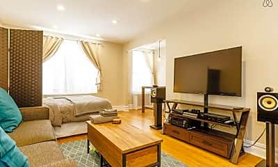 Living Room, 156-8 Riverside Dr W 1-J, 1