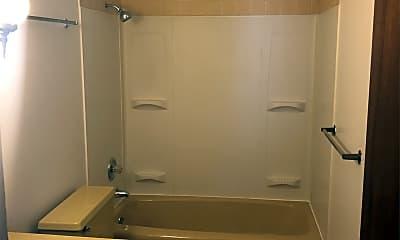 Bathroom, 722 Pleasant Dr, 2