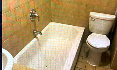 Bathroom, 1746 Union St, 1