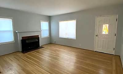 Living Room, 3822 Lyman Rd, 1