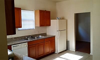 Kitchen, 3696 Louisiana Ave Pkwy, 1