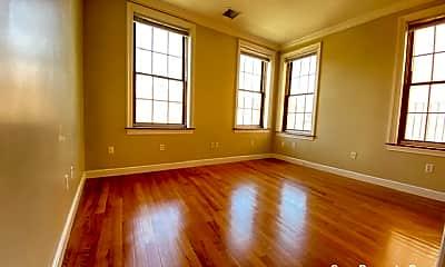 Living Room, 421 Hanover St, 1