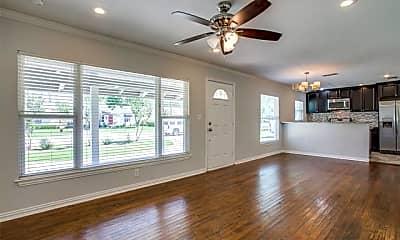 4332 Merrell Rd, 1