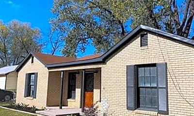 Building, 1301 W Frey, 1