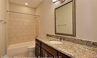 Bathroom, 601 E Broad St, 1