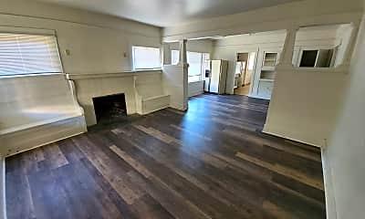 Living Room, 204 NW Kings Blvd, 1