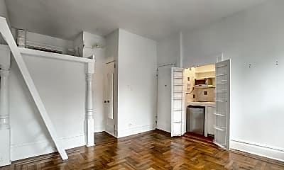 Living Room, 33 Beekman Pl, 1