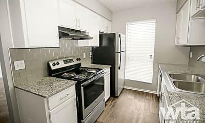 Kitchen, 2005 Willow Creek, 1