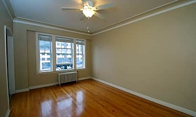 Living Room, 311 6th Ave S, 1