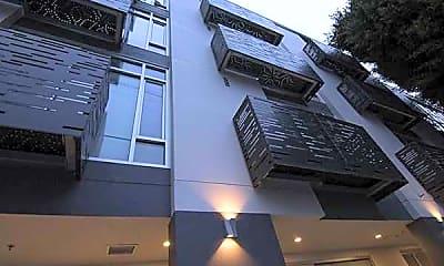 Building, 246 Ritch Street, 1
