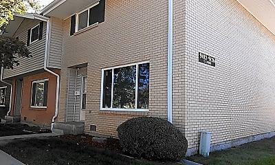 Building, 9102 Lehigh Ave, 0